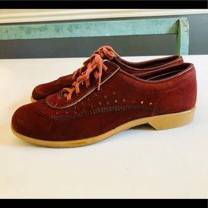 Vintage Burgundy Bowling Shoes by Brunswick